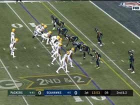 Watch: Aaron Jones trots in untouched for 8-yard TD