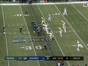 Watch: Wilson makes pinpoint throw to Lockett for first down