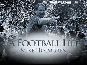 Watch: 'A Football Life': Holmgren, Favre bring Lombardi Trophy back to Green Bay