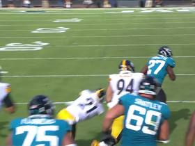 Watch: Fournette creates a lane on 20-yard gain