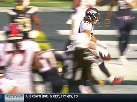 Watch: Phillip Lindsay shows patience on wildcat TD run