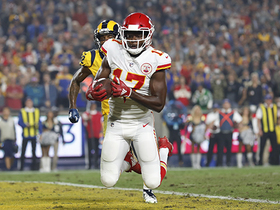 Watch: Mahomes, Conley improvise for clutch TD before half