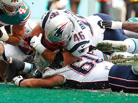 Watch: James Develin plows into end zone for TD