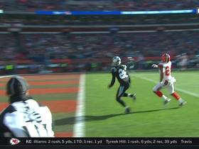 Watch: Jarvis' trick-play pass to Chubb in end zone misses by inches