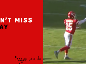 Watch: Can't-Miss Play: Patrick Mahomes unveils no-look pass
