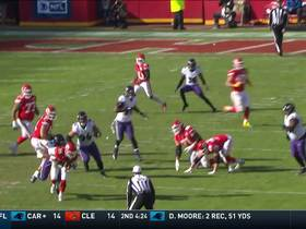 Watch: Matt Judon wraps up Mahomes for big sack