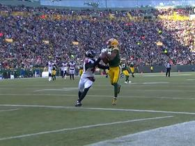 Watch: Can't-Miss Play: Rodgers lays PERFECT TD pass over defender to Cobb