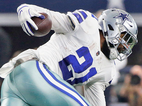 Watch: Zeke reaches out to convert key fourth-and-1
