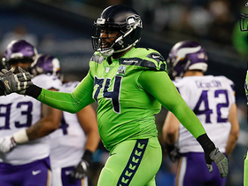 Watch: Big man George Fant rumbles for 9 yards on first catch of '18