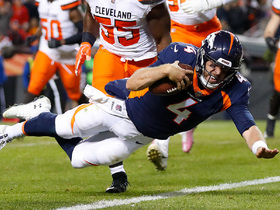 Watch: Case Keenum's pump fake tricks defense on TD run