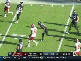 Watch: Dede Westbrook spins out of tackles on 20-yard rush