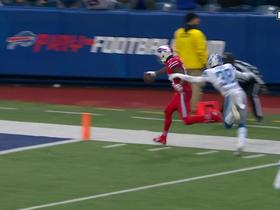 Watch: Can't-Miss Play: Allen floats beautiful deep ball to Foster for HUGE TD
