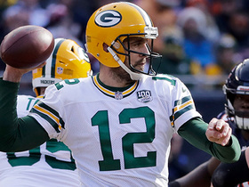 Watch: Rodgers darts key pass to Adams on fourth-and-6