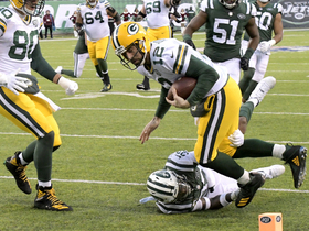 Watch: Rodgers shows wheels, nearly dives in for go-ahead TD