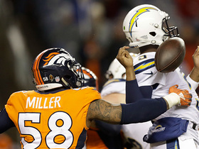 Watch: Von Miller recovers Geno Smith's fumble