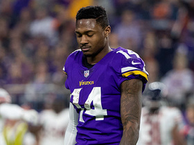 Watch: Diggs tosses helmet after Vikings don't convert fourth down