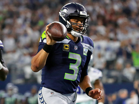 Watch: Wilson keeps it on zone read for Seahawks' first TD