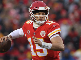 Watch: Mahomes uses submarine arm angle to find Kelce