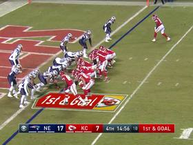 Watch: Mahomes throws TD dart to Damien Williams on the move