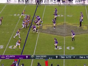 Watch: Can't-Miss Play: Nelson one-ups Mahomes on BACKWARDS no-look pass