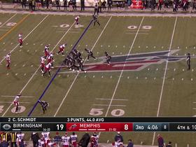 Watch: DeMarquis Gates blocks punt that leads to TD for the Express