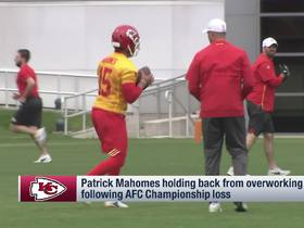 Watch: Palmer: Mahomes had to 'restrain himself' from overworking in '19 offseason