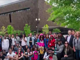Watch: Vikings sponsored local high school students on trip to Washington, D.C.