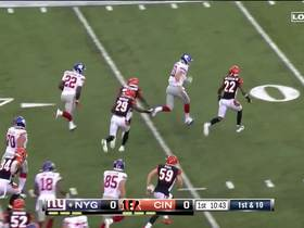 Watch: Eli presses turbo as he becomes lead blocker for Gallman
