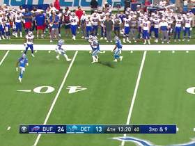 Watch: Can't-Miss Play: Bizarre triple-bobble results in huge catch for Bills