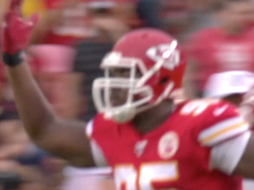 Watch: Chiefs' D bats down Jimmy G's fourth-down throw for turnover on downs