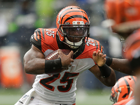 Watch: Seahawks stonewall Giovani Bernard for critical fourth-down stop
