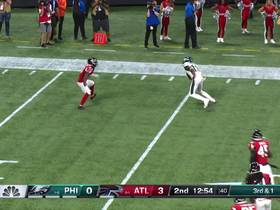 Watch: Wentz zips pass through Ricardo Allen's arms to Agholor for 17 yards