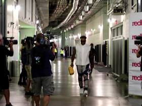 Watch: Jamal Adams arrives in style ahead of 'MNF'