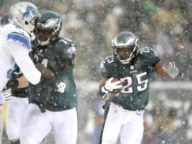 Watch: NFL Throwback: Eagles-Lions snow game