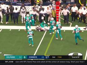 Watch: Jason Witten makes Dolphins defender miss even at 37 years old