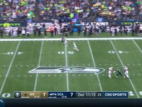 Watch: Michael Dickson's 59-YARD MOONSHOT punt flips the field for Seahawks.