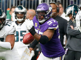 Watch: Everson Griffen records second-career INT after Eagles' fake FG goes awry