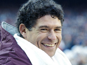 Watch: 'NFL 100 Greatest' Characters: John Riggins