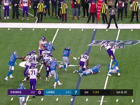 Watch: Dalvin Cook bounces off defenders during 15-yard run