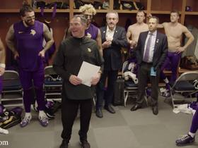Watch: Mike Zimmer shouts out Vikes' offense in postgame speech