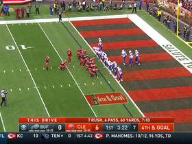 Watch: Bills' D STONEWALLS Browns' fourth-down toss play