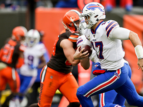Watch: Bills dial up QB draw for 10-yard walk-in TD run from Josh Allen