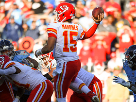 Watch: Can't-Miss Play: Jump-pass Pat! Mahomes' epic throw turns into 63-yard TD