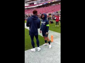 Watch: D.K. Metcalf takes in Levi's Stadium prior to 'MNF'