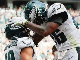 Watch: Wentz extends the play to hit J.J. Arcega-Whiteside for his first NFL TD