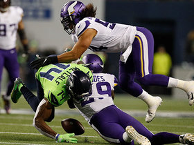 Watch: Zimmer's challenge nets HUGE turnover for Vikings