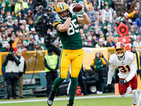 Watch: Rodgers uncorks 12-yard TD to Tonyan in back of the end zone