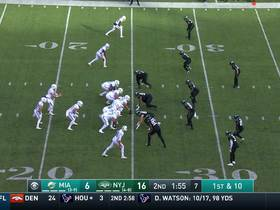 Watch: Fitzpatrick fits a LASER between three Jets defenders for 16 yards