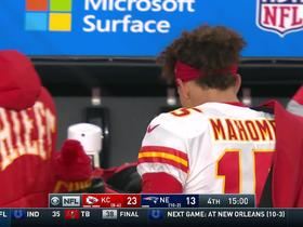 Watch: Patrick Mahomes rallies Chiefs sideline for hype speech after Kelce's fumble