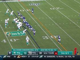 Watch: Fitzpatrick swarmed by host of Giants defenders for big third-down sack